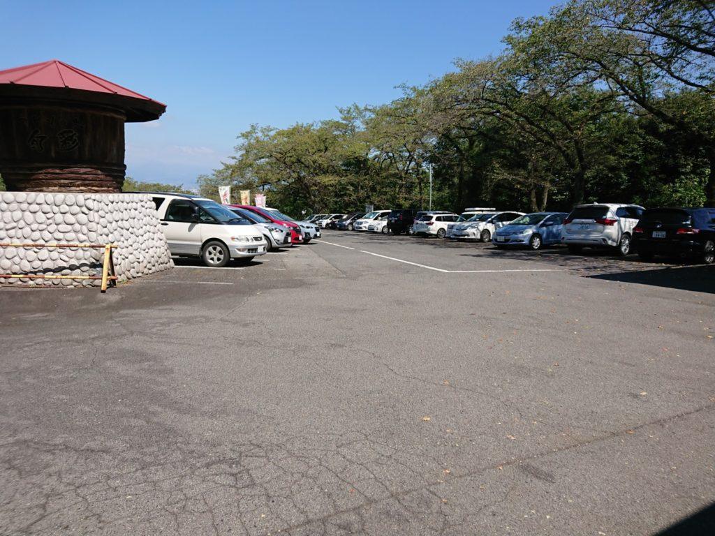 白衣大観音 駐車場